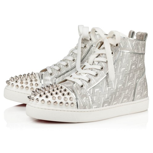LOU SPIKES WOMENS FLAT