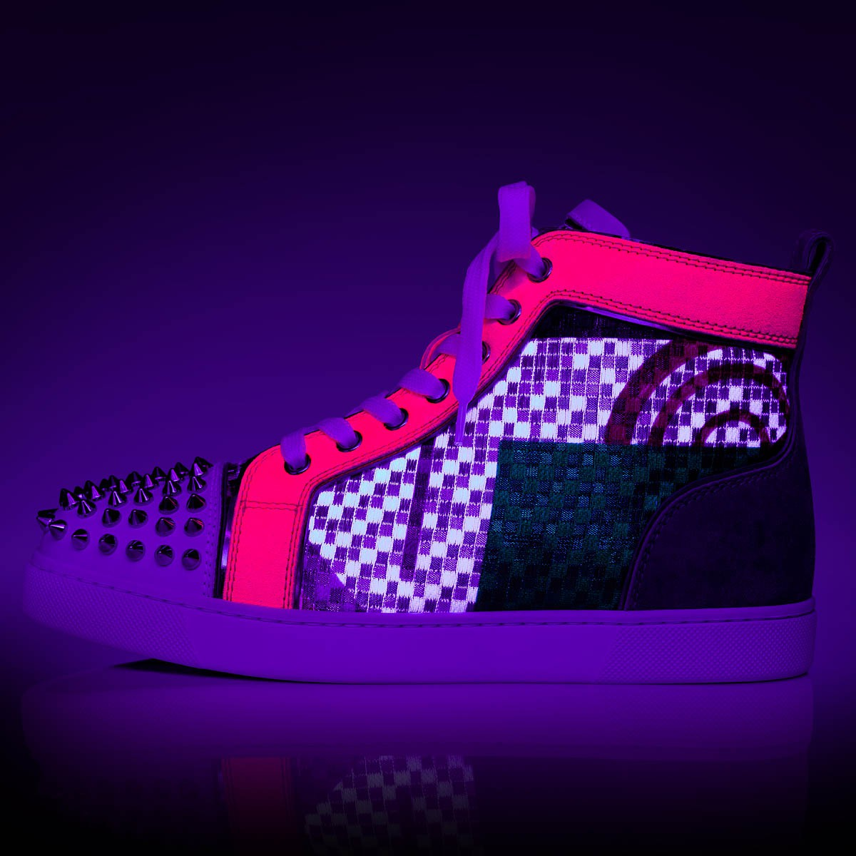 Shoes - Lou Spikes Womens Flat - Christian Louboutin