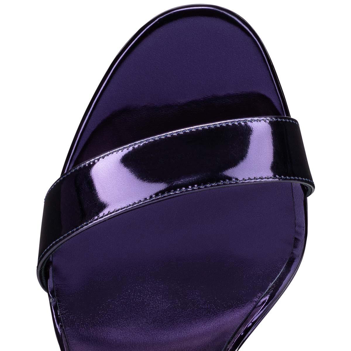Shoes - Loubi Queen - Christian Louboutin