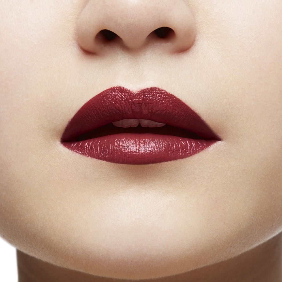 Beauty - Very Prive - Christian Louboutin